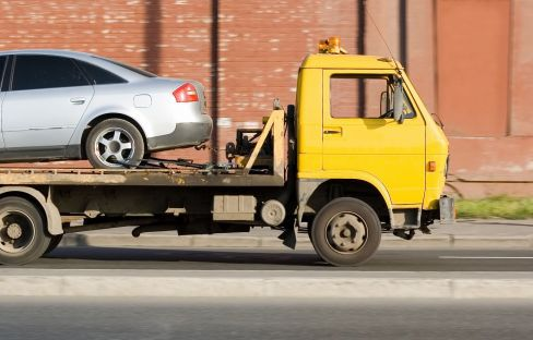 Automotive towing truck in Invercargill