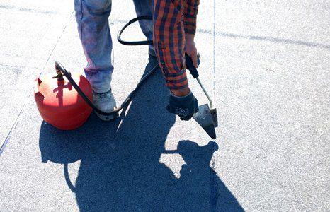 repairing roof leaks