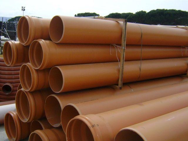 Tubo PVC per reti fognarie