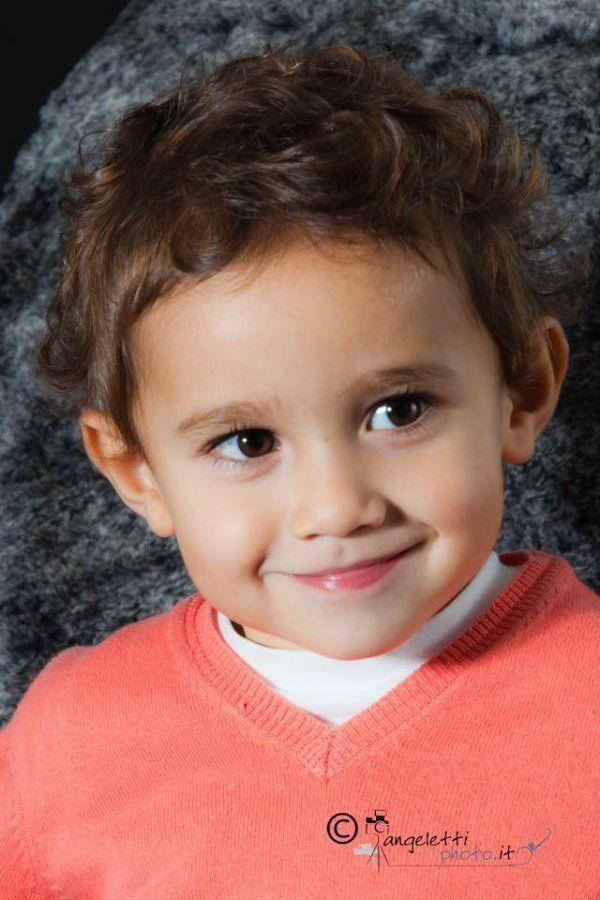 viso di un bambino sorridente