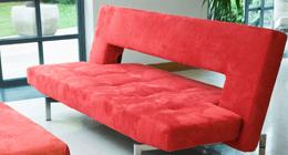 Divano in tessuto rosso