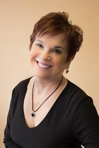 Evelyn Reinke Front Desk Administrator and Dental Assistant