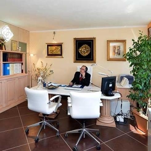 Lo Studio offre assistenza fiscale e tributaria e un efficiente gestione della loro attività economica