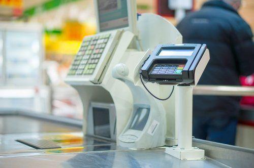 registratori di cassa e macchina di pagamento mediante carta