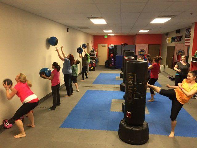 Fitness Kickboxing Class