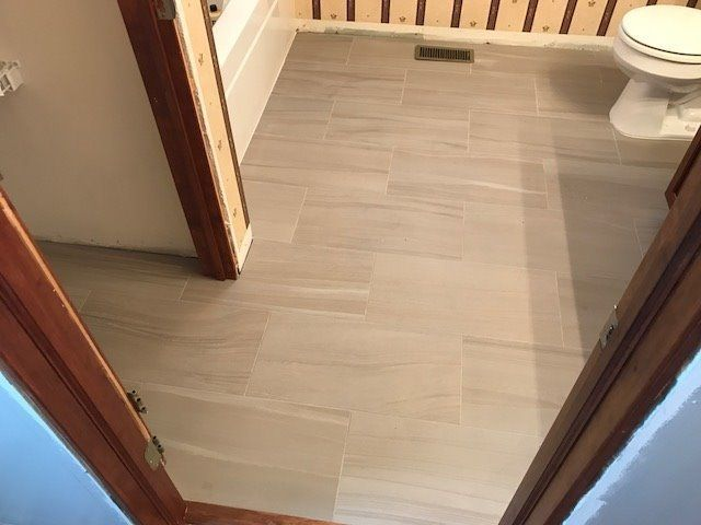Wood Floors In Hamilton OH Parker Floor Covering - Car show floor covering