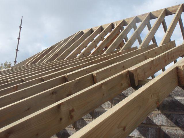 wooden vertical slabs