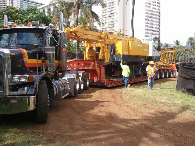Workers Akana Trucking Inc for hauling services in Honolulu, HI