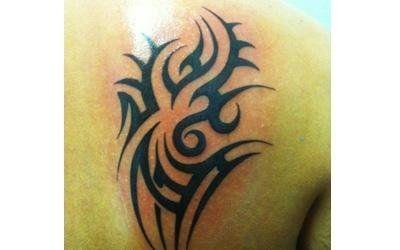 tatuaggio tribale