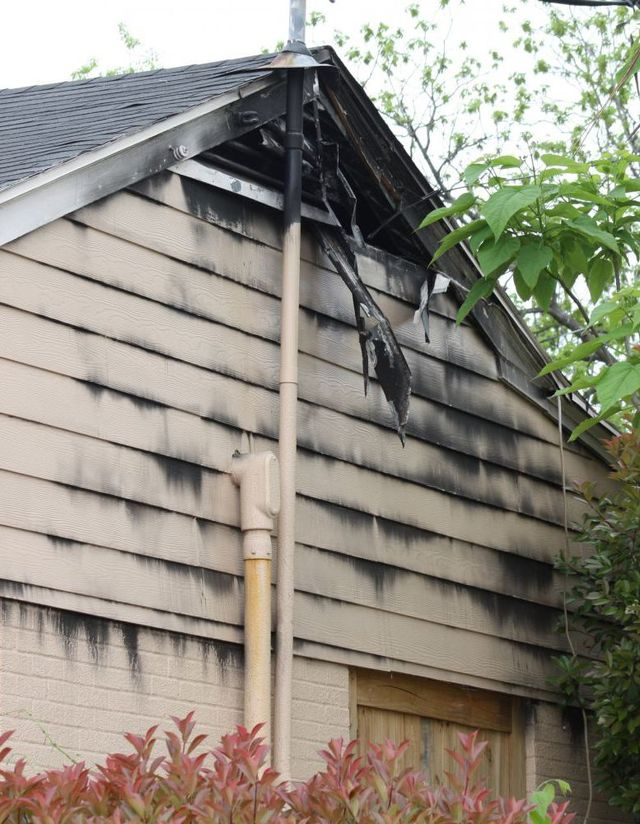 House that needs fire damage restoration in Lincoln, NE