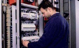 revisione impianti elettrici