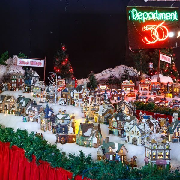 Christmas Village Collections.Shell Factory Retail Christmas Store North Fort Myers