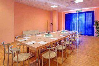 una sala conferenze