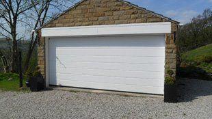 Garage door repair - Nelson - Ian Fisk Specialised Door Services - Garage repairman