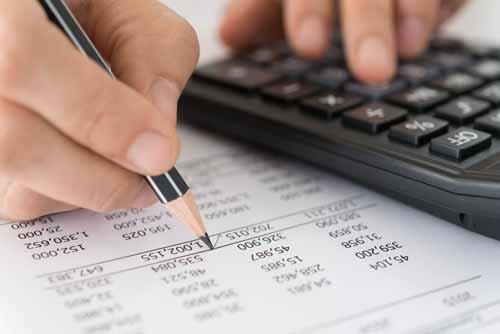 fare conti fiscali con la calcolatrice a Trento
