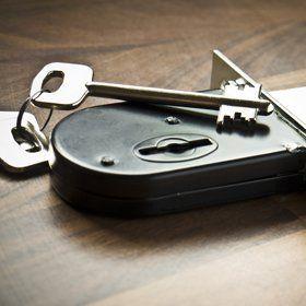 Lever lock key cutting