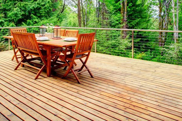 Household deck work in Auckland