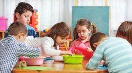 struttura per bambini, attività ricreative, educatrici