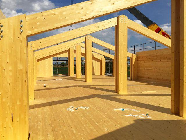 struttura in legno di una casa