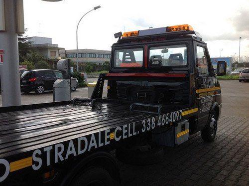 camion per soccorso stradale