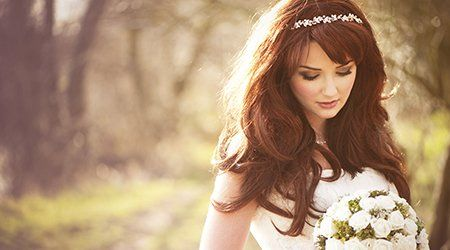 A stunning red haired bride