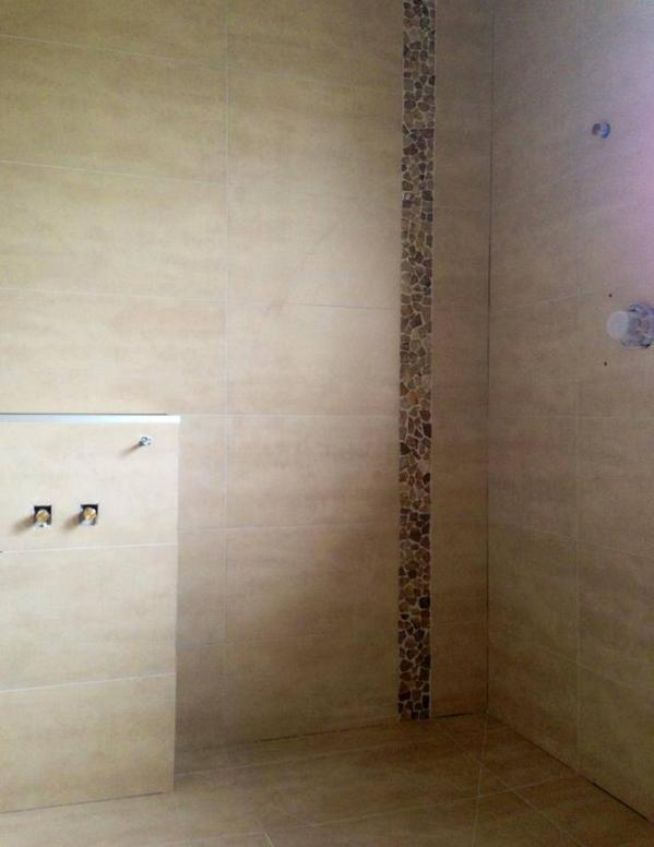Bathroom tiling in Glendowie Auckland by A1 Surface Tiling
