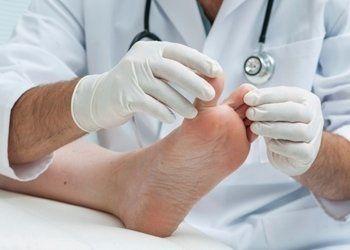 esame del piede, visite ai piedi, controllo dei piedi