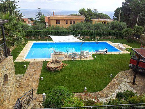 Vista di una piscina a Bagheria