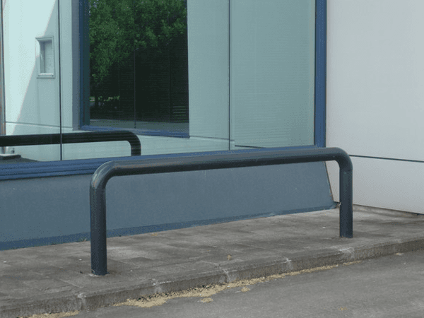 Fixed barrier installed by expert