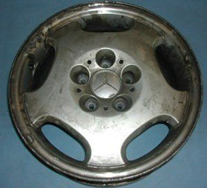 Before image of worn out Mercedes alloy wheel