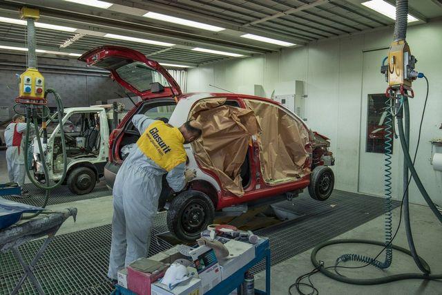 Verniciatura metallizzata di autoveicoli-renieri a pescia