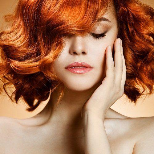 Giovane coi capelli rossi