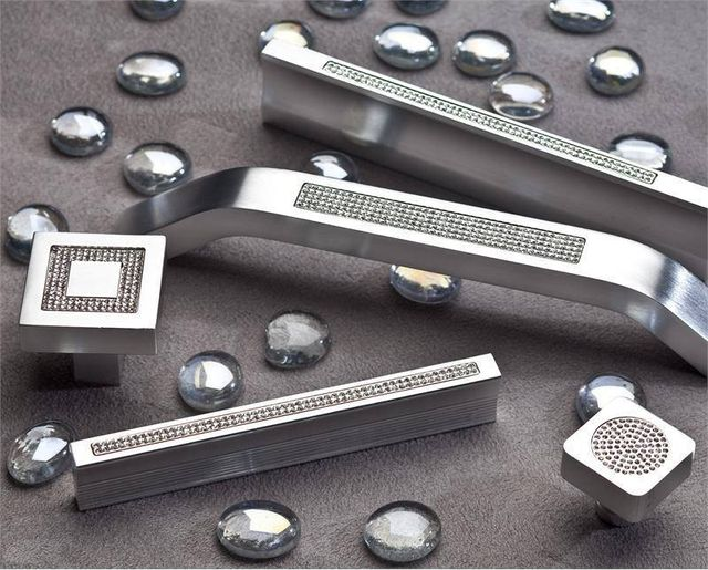 Knobs and Pulls   Decorative Cabinet Hardware   Austin Knob