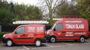 TOMLIN GLASS mobile vans