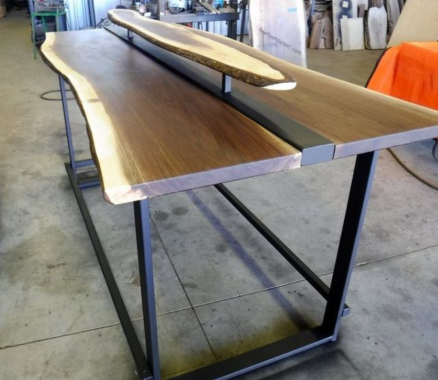 Bar Stand Up Or Stool Table