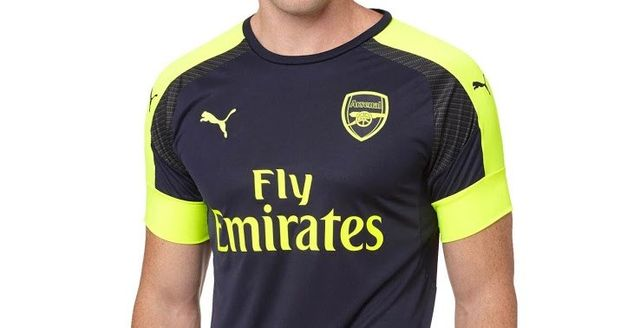 Made by Puma and featuring Emirates as main sponsor a1b4ba858