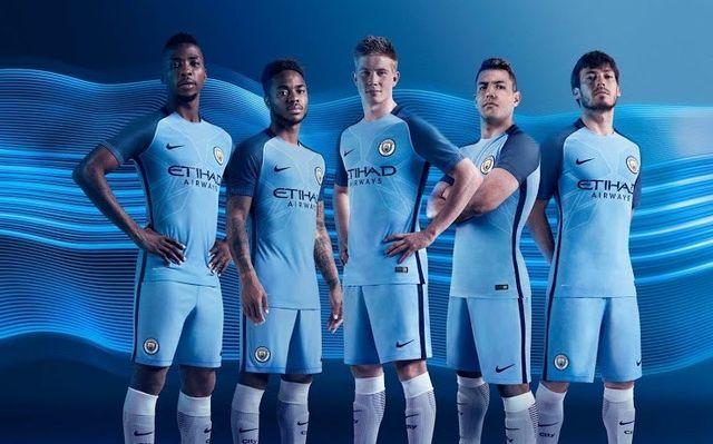 07f0d1abd Manchester City 16-17 Home Kit