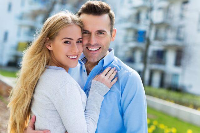 coppia che sorride