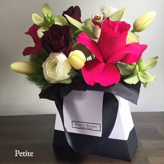 Little Bag Of Flowers Pee Roses Orchids Brisbane Free