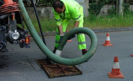 drain clearing equipment