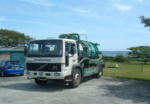 septic tank cleaning van