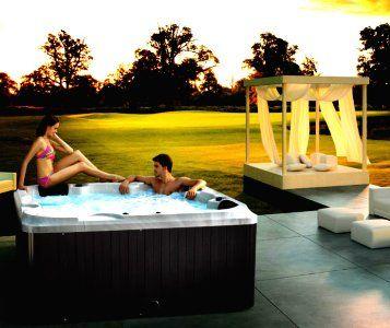 อ่างน้ำจากุซซี่ พร้อมระบบทำน้ำร้อนในตัว ปรับอุณหภูมิได้ตามต้องการสูงสุดที่ 40 องศา เพื่อการแช่น้ำร้อนผ่อนคลาย เพื่อการแช่น้ำร้อนจากุซซี่ด้านสุขภาพ การบำบัดบรรเทาอาการนอนไม่หลับด้วยการแช่น้ำจากุซซี่ อ่างน้ำสปาจากุซซี่สำหรับวิลล่า อ่างจากุซซี่สำหรับรีสอร์ท อ่างจากุซซี่สำหรับโรงแรม อ่างน้ำจากุซซี่สำหรับใช้ภายนอก อ่างจากุซซี่ Outdoor อ่างจากุซซี่ใช้แล้วไม่ต้องเปลี่ยนน้ำ อ่างน้ำจากุซซีใช้วิธีการบำบัดน้ำด้วยคลอรีน อ่างจากุซซี่อุปกรณ์คุณภาพสูงจากสหรัฐอเมริกา อ่างจากุซซี่ระบบจากสหรัฐอเมริกา อ่างสปา อ่างน้ำวนนวดตัว อ่างน้ำจากุซซี่บรรยากาศภายนอก