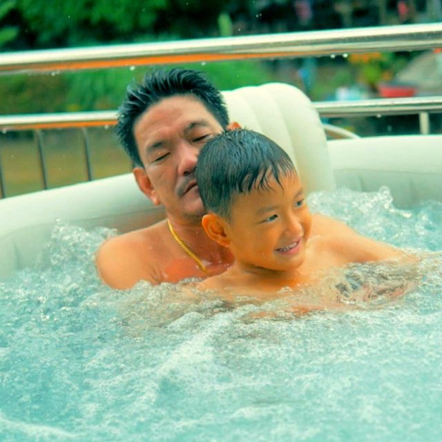 อ่างน้ำร้อนจากุซซี่ สำหรับภายนอก อ่างสปาภายนอก อ่างน้ำวนภายนอก อ่างนวดตัวพร้อมระบบทำน้ำร้อนสำหรับภายนอก อ่างน้ำนอกบ้าน อ่างน้ำร้อนจากุซซี่สำหรับรีสอร์ทภายนอก