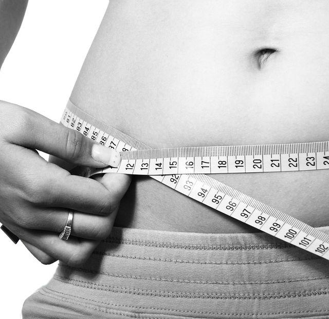 อ่างน้ำวน อ่างน้ำวนจากุซซี่เคลื่อนที่ การแช่น้ำร้อนเพื่อการลดน้ำหนัก ช่วยให้เกิดการเผาผลาญได้เป็นอย่างดี