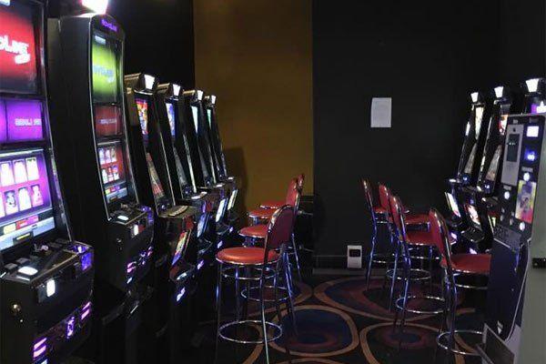 Una sala di gioco, video lottery, Torino