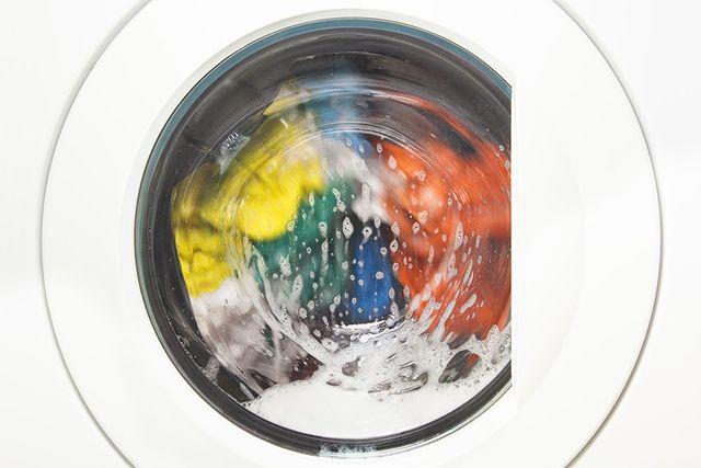 lavaggio di abiti da sposa