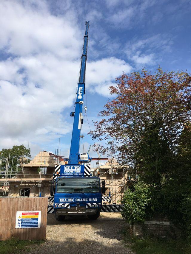 Crane hire | Ellis Crane Hire Ltd