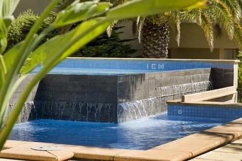 tiered pool
