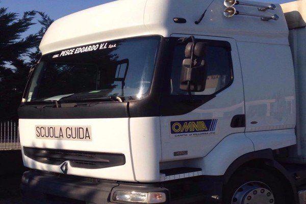 camion dell'autoscuola
