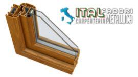 serramento in ferro verniciato color legno, serramento con vetro anti sfondamento, sezione di serramento anti intrusione